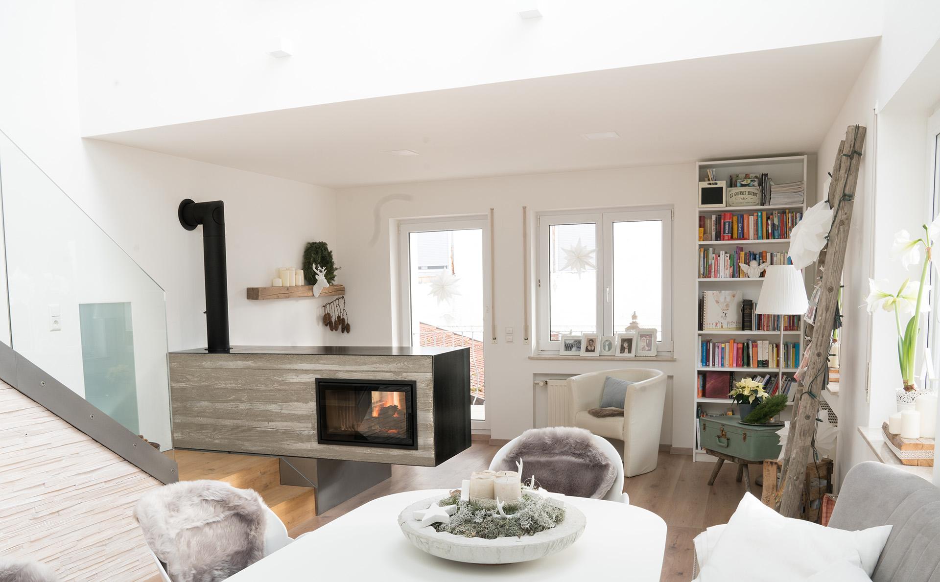 kuschliges kamin eck kiimoto speicherkamine. Black Bedroom Furniture Sets. Home Design Ideas